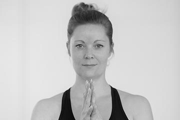 Jasmin, Yoga-Lehrerin